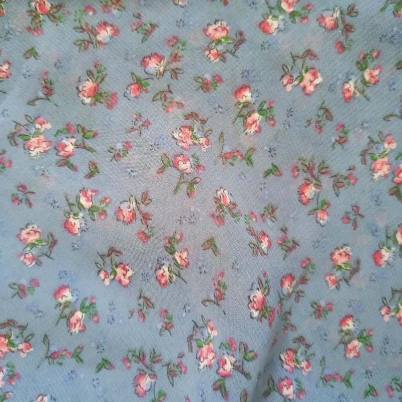 Невероятно нежно и утонченное платье в мелкий цветочек в пасте... - Фото 5