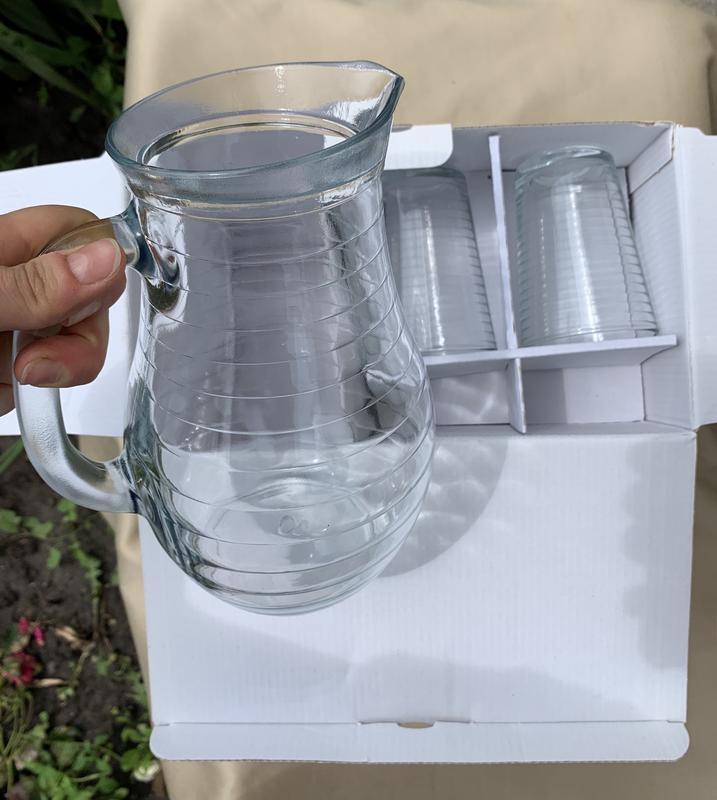 Набор стаканов с кувшином, кувшин, стакани.