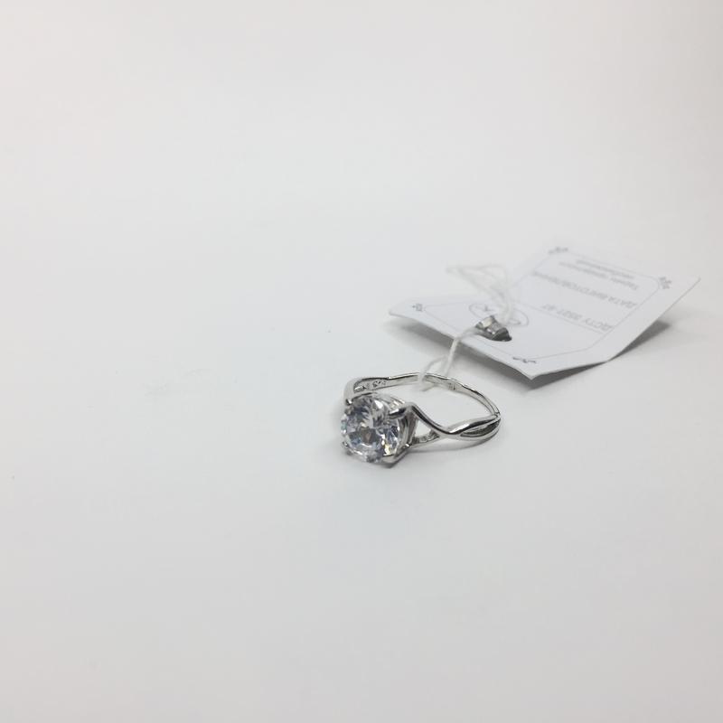 Серебряное тонкое кольцо с большим камнем 925 проба предлжение