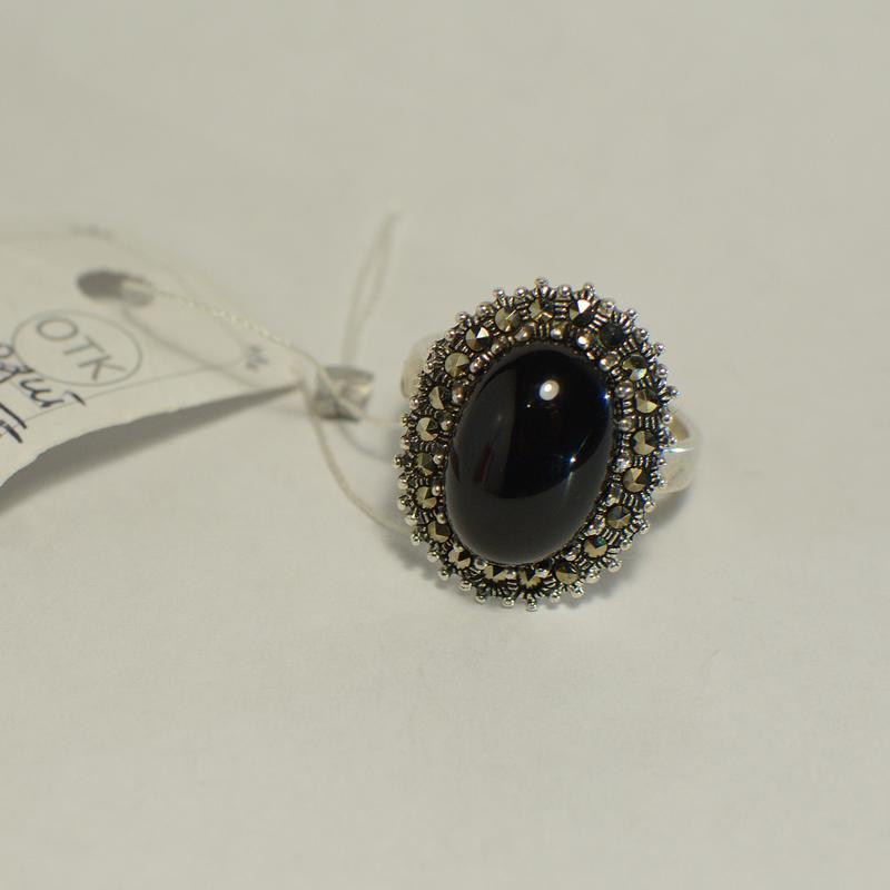 Крупное серебряное кольцо перстень с чёрным камнем гагатом 925...