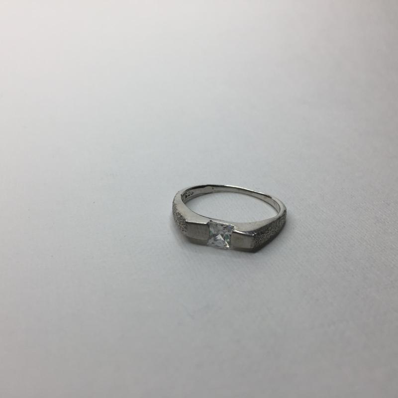 Серебряное шикарное кольцо с камнем жемчужное покрытие 925 про...