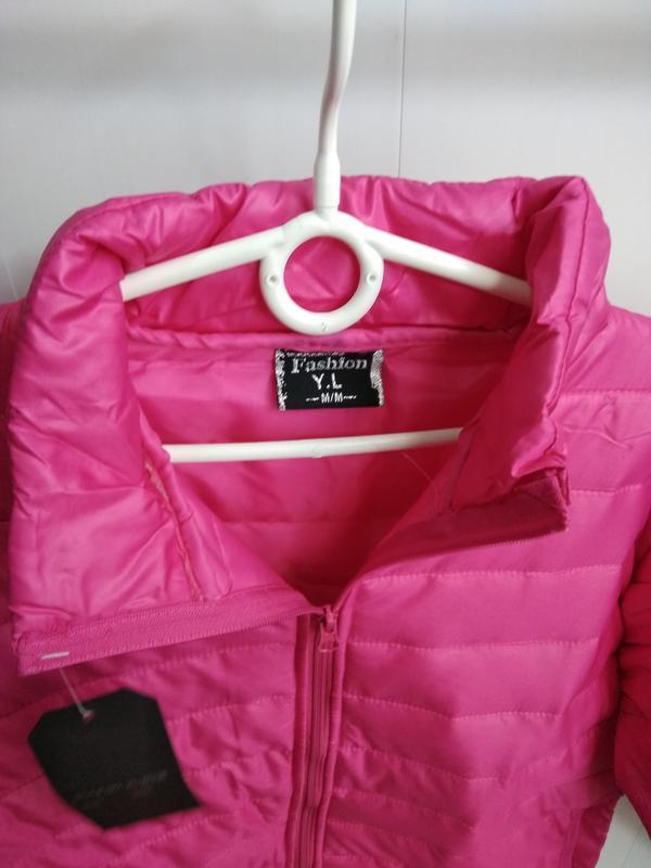 Яркая куртка деми - Фото 2