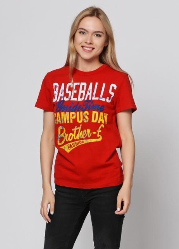 Яркая хлопковая красная футболка brother-f с принтом