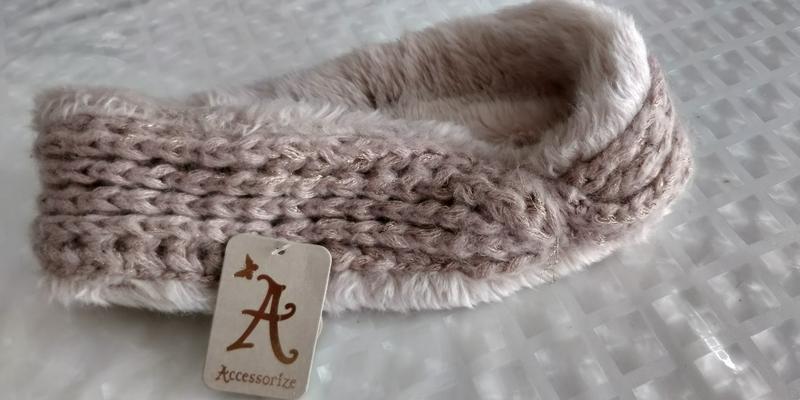 !продам новую женскую вязанную тёплую  повязку резинку для гол...