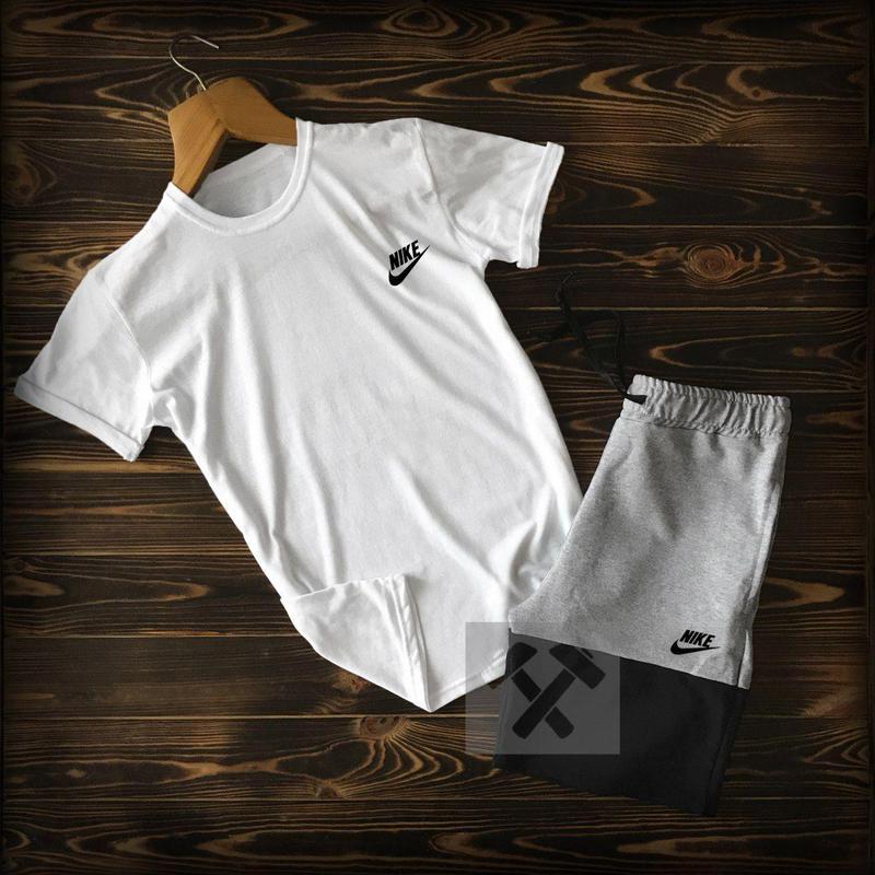 Комплект спортивной одежды