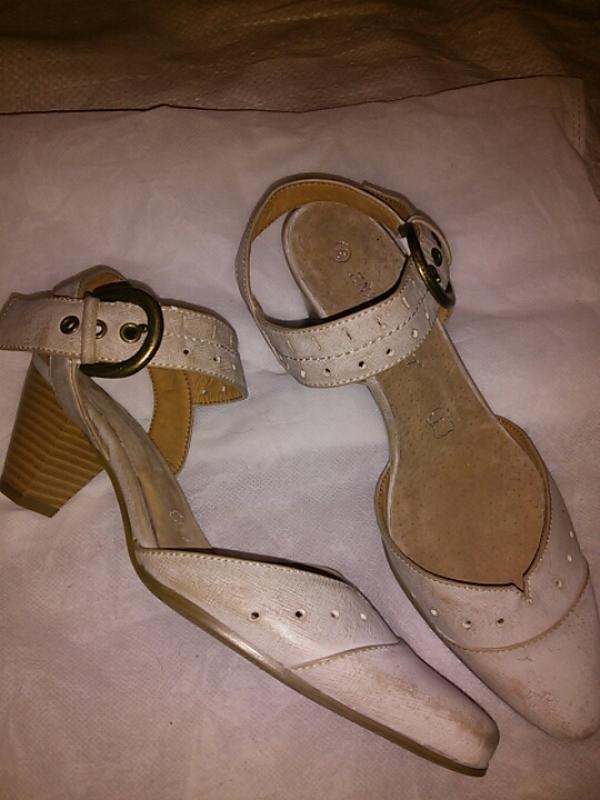 Туфли - босоножки 38 размера ,  германия