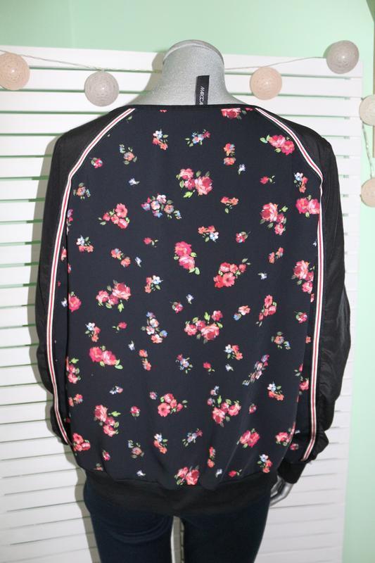 Черная блуза в цветы marccain - Фото 3