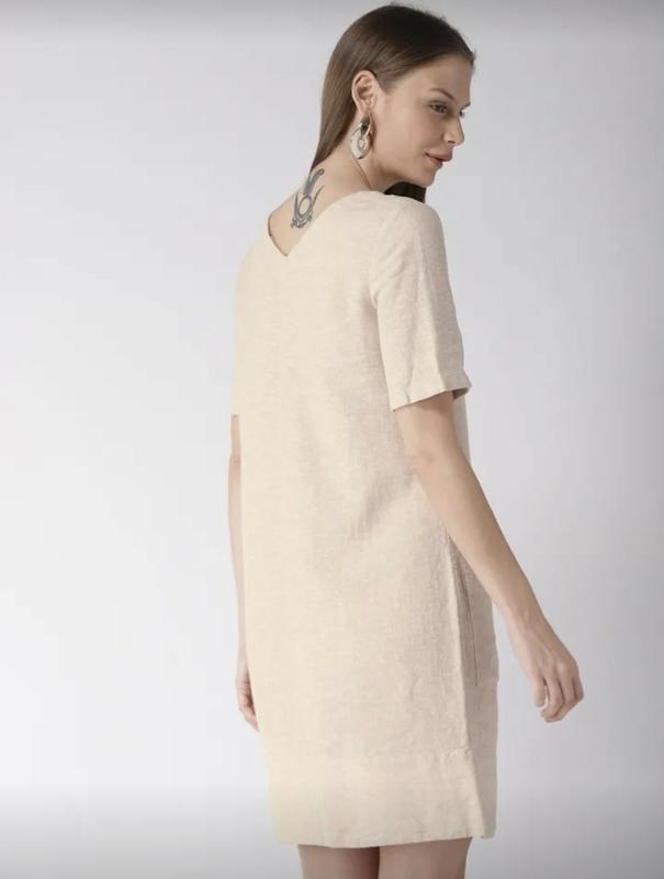 Льняное платье-шифт ровной модели - Фото 4