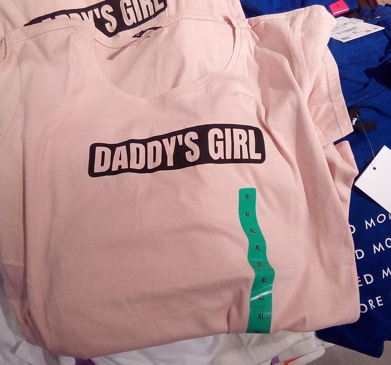 Новая розовая светлая пудра футболка sinsay папина дочка xs s - Фото 4