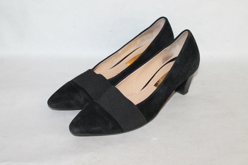 Комфортные замшевые туфли gabor 5/38 размер