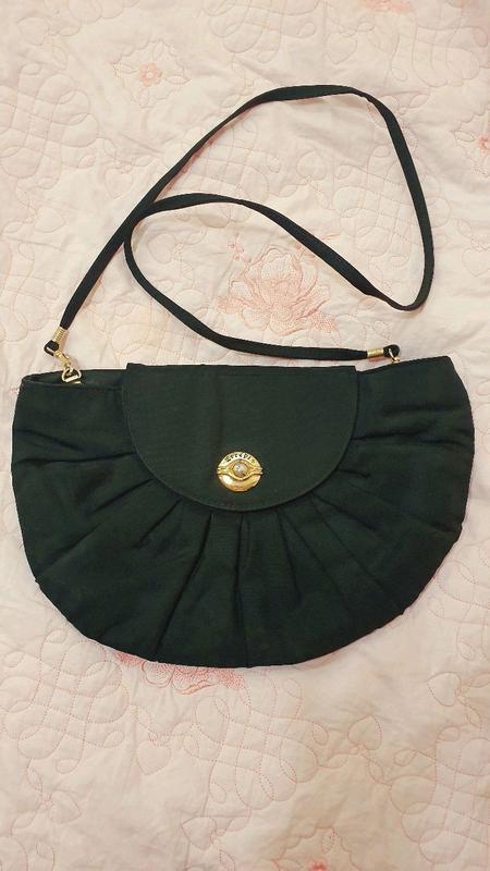 Текстильная сумочка театральная полукруглая
