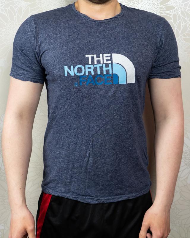 Футболка tnf, биг лого на груди