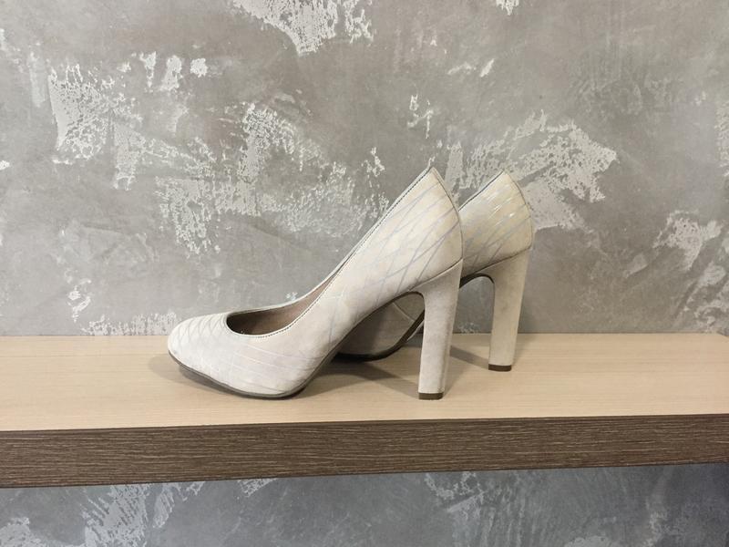 Жіночі туфлі 37 р rockport
