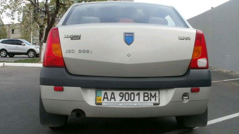 Dacia Logan 1.4л 2006г - Фото 10