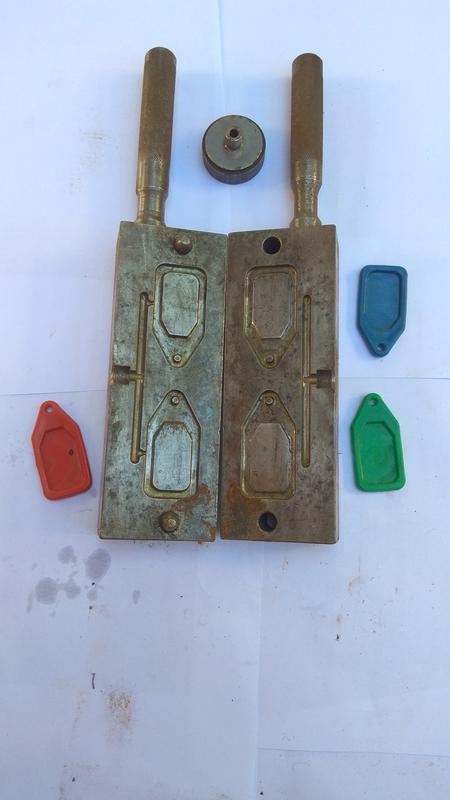 Пресс-формы для литья номерков