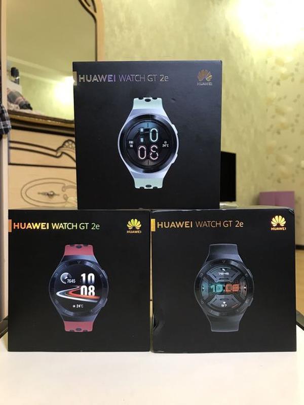 Продам смарт-часы Huawei Watch GT 2e (46 mm), цвет Black/Mint/Red