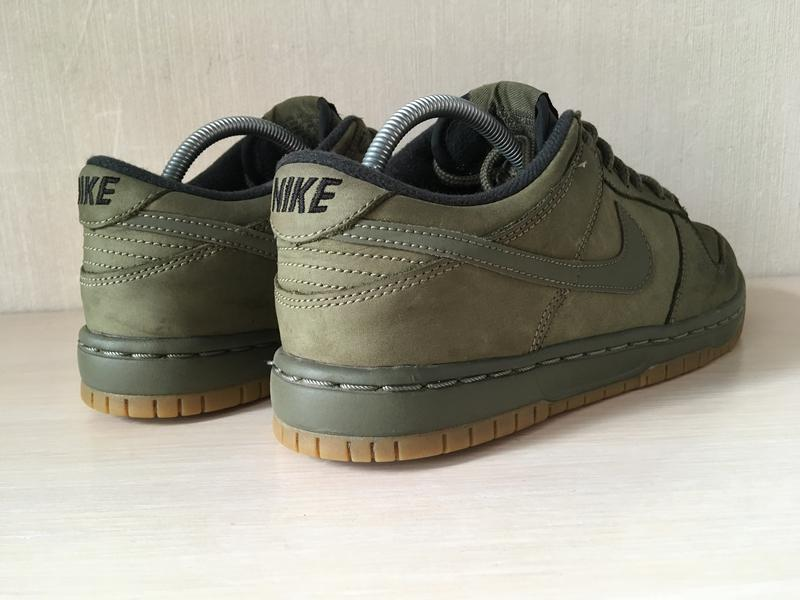 Susteen Que Tesauro  Кроссовки nike dunk low winter premium medium olive оригинал на IZI.ua  (786043)