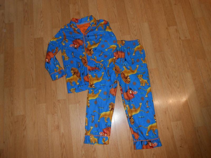 Пижама на мальчика 4-5 лет