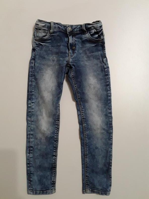 Фирменные стрейчевые джинсы 6-7 лет