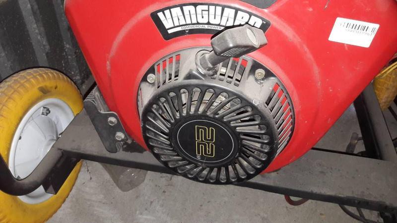 Двигатель briggs stratton бензин 22 л.с четырехтактный, 2 цили...