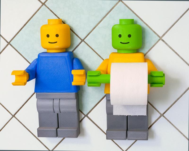 Продам вешалку, держатель для туалетной бумаги лего-человечек