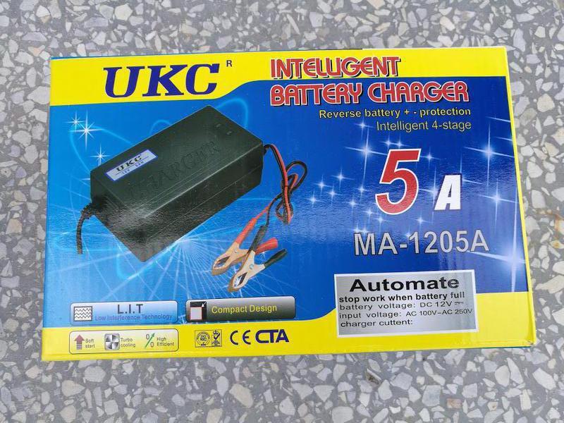 Зарядное устройство для аккумуляторов UKC MA-1205 5A 12V
