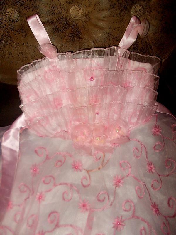 Очень красивое нарядное платье на рост 70см - Фото 2