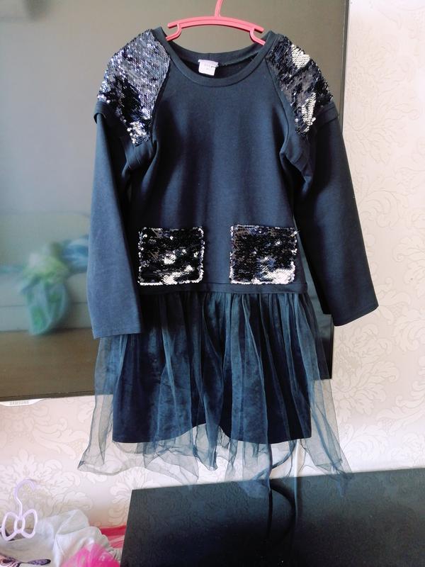 Срочно продам платье для девочки