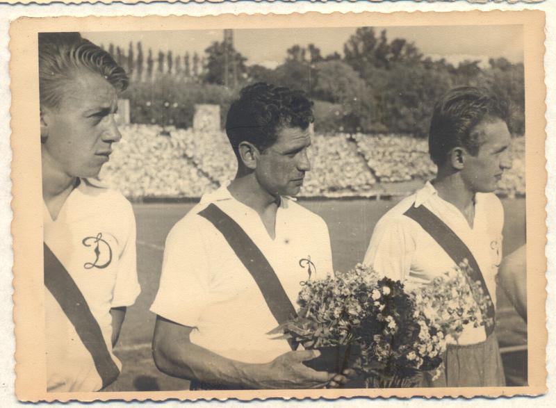 """Комплект 3 фотографий """"Динамо"""" Киев, чемпион СССР, 1961 - Фото 3"""