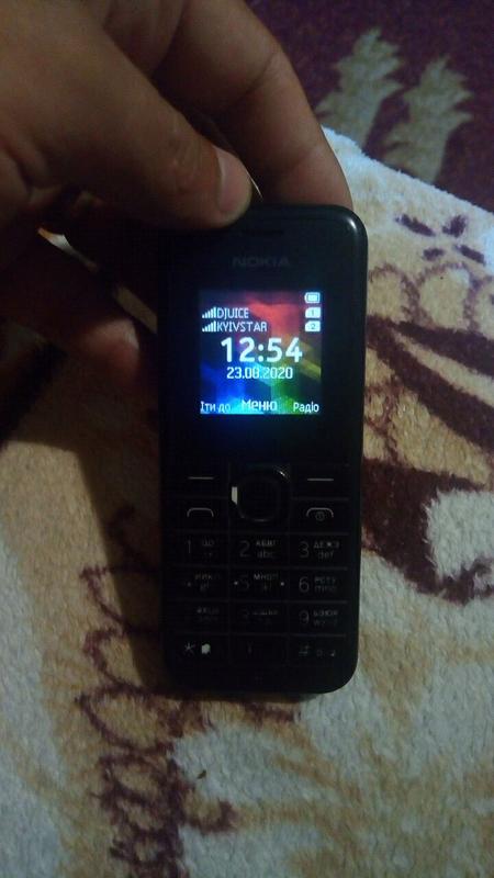 Nokia 105 на 2 sim карти.