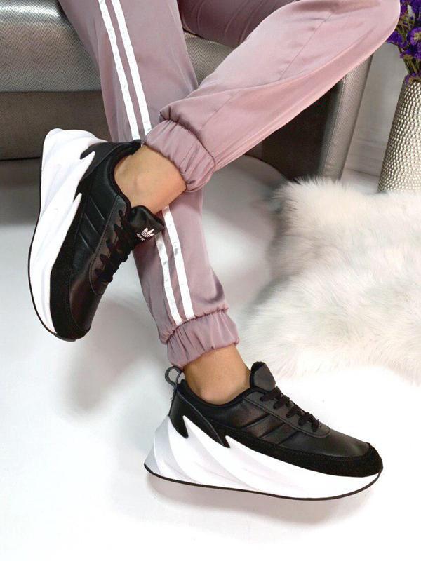 Люксовые кожаные кроссовки на массивной подошве качество бомба