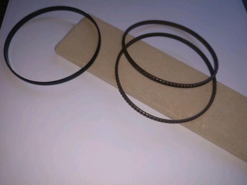 Винтажные браслеты бронзового цвета + подарок черный браслет
