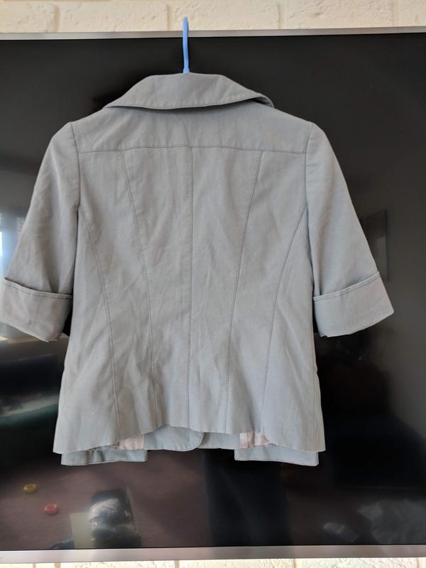 Серый пиджак - Фото 4