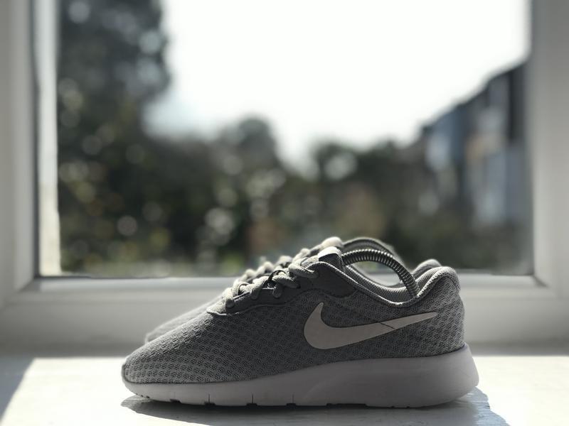 Nike tanjun спортивні кросівки - Фото 7