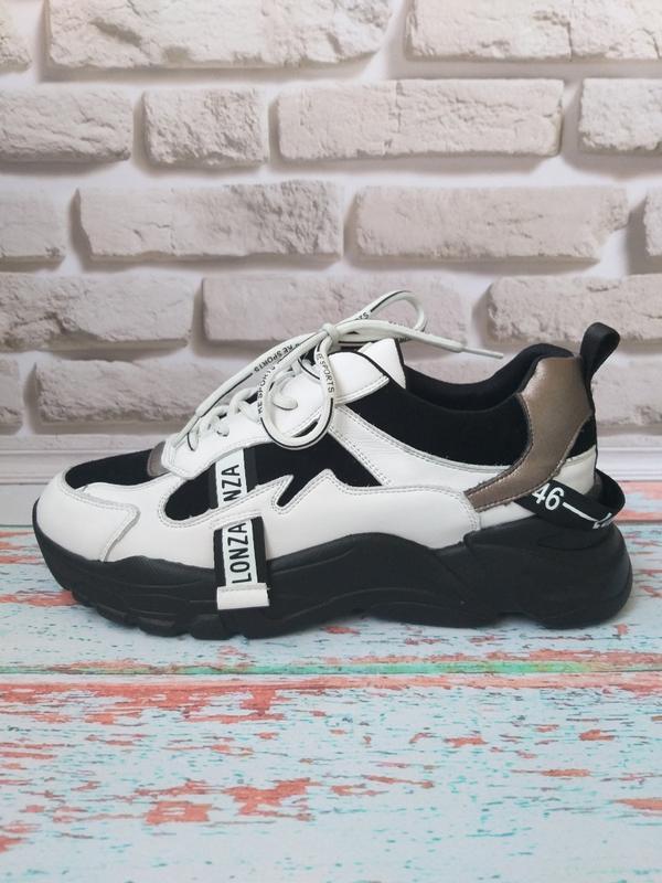 Кожаные кроссовки в стиле balenc!aga