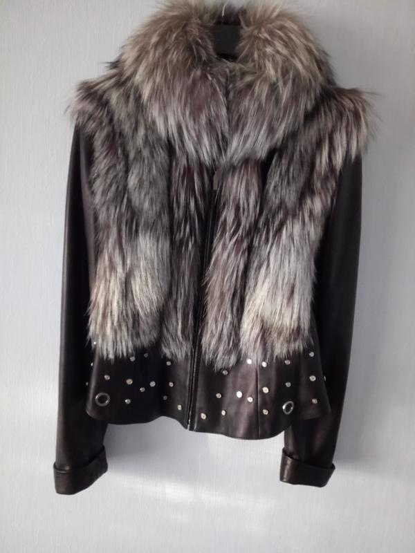 Фирменная куртка жилет натуральная кожа с мехом чернобурки - Фото 2