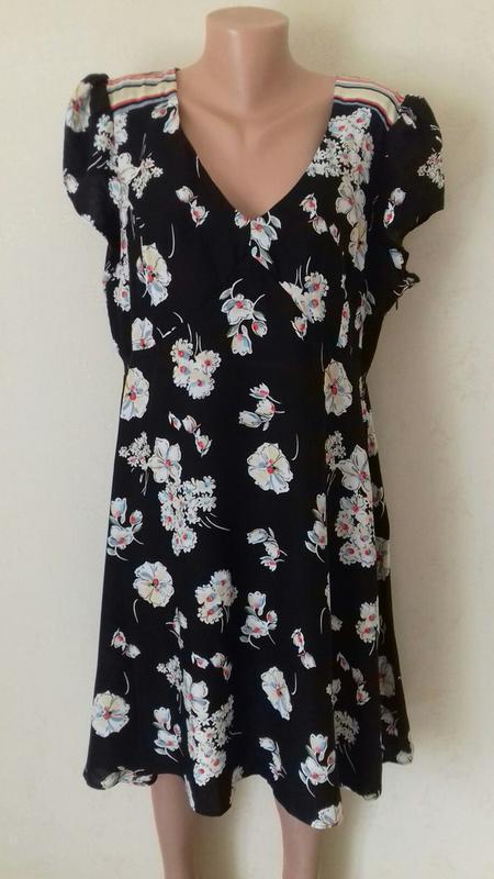 Вискозное платье с принтом большого размера