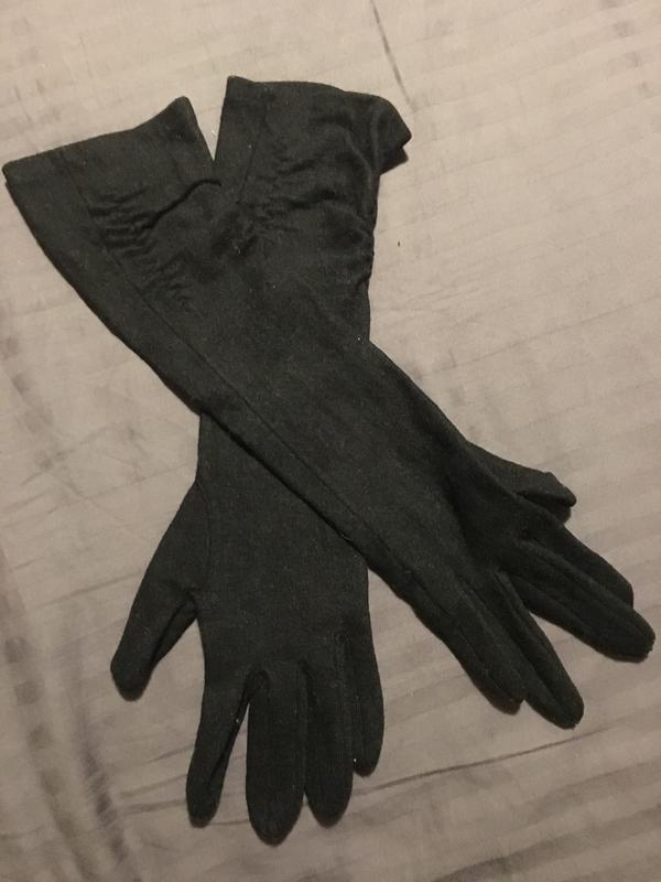 Шерстяные удлиненные перчатки