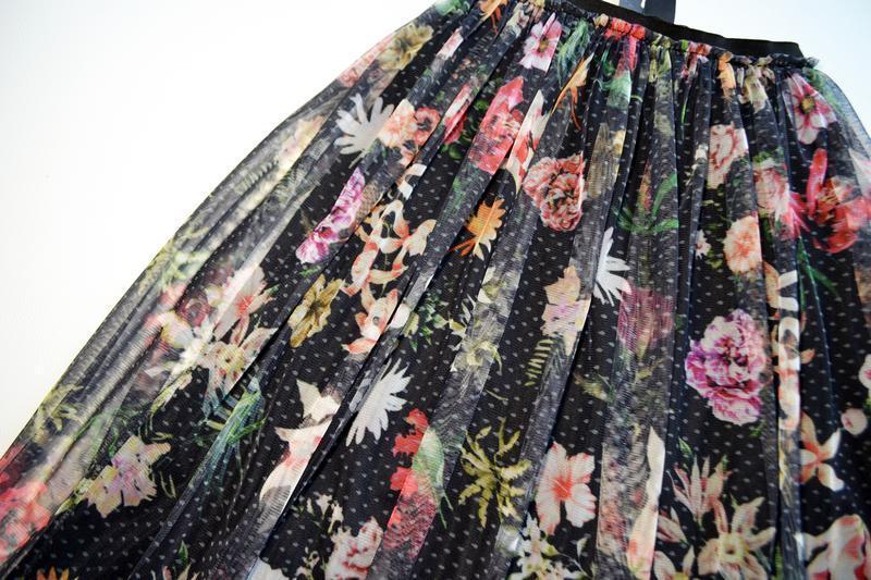 Красивая сетчатая пышная юбка миди в цветы - Фото 2