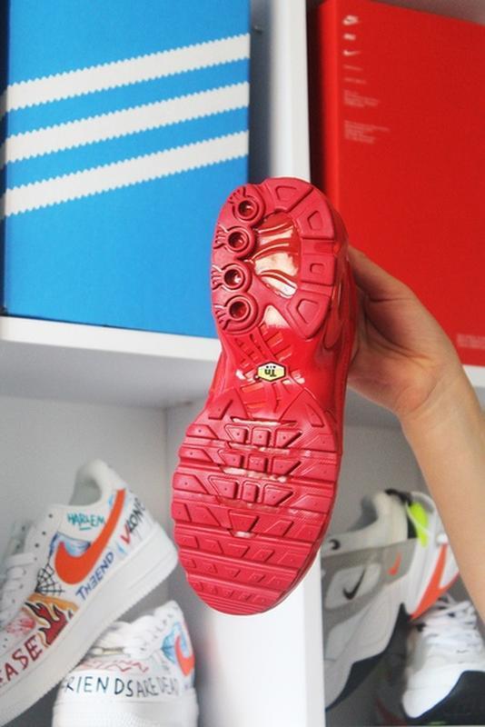 Мужские сочные ярко красные кроссовки nike air max tn red. - Фото 6