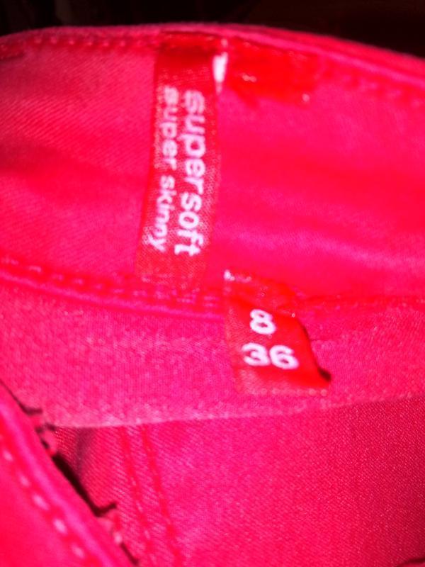 Розовые зауженные стрейчевый джинсы uk 8 / 36 / xs - Фото 5