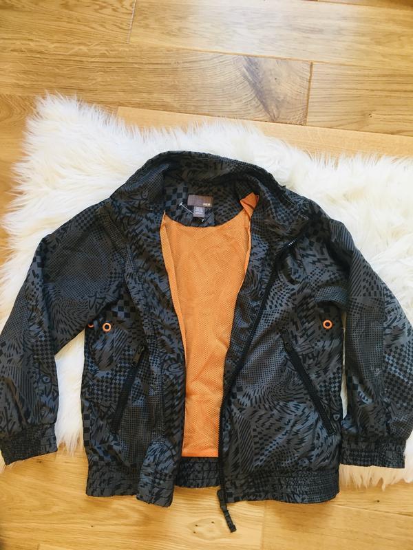 Новая курточка-ветровка для мальчика 9-10 лет, ветровка 140