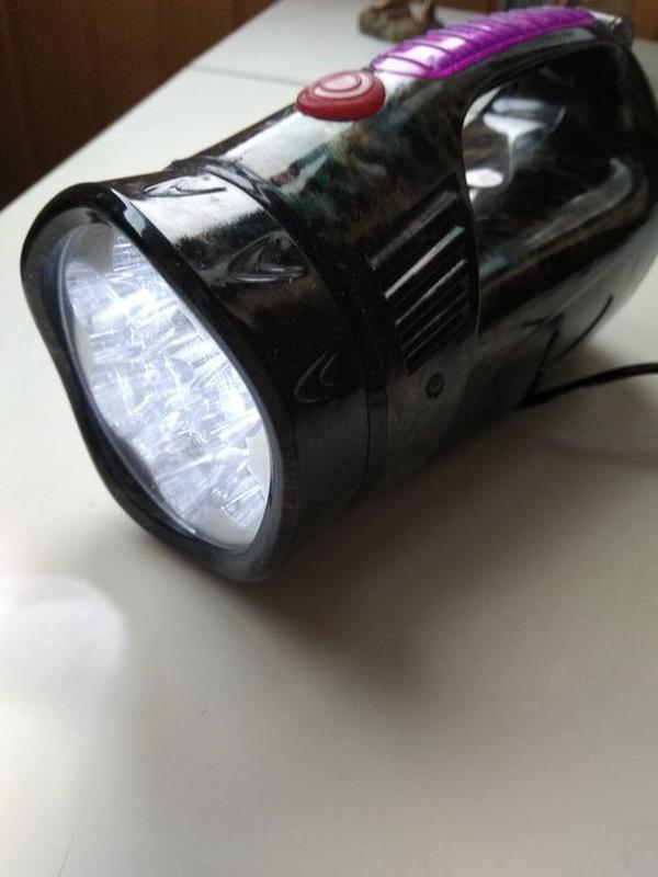 Двухсторонний ручной Фонарь аккумуляторный YJ-2809 LED новый.