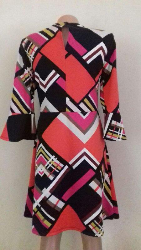 Новое платье в геометрический принт tu - Фото 3