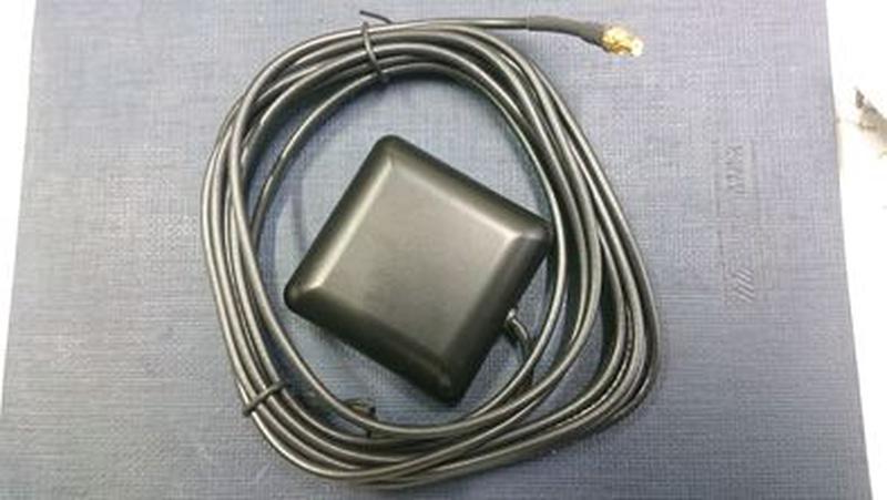 Активная GPS антенна, разъем MCX