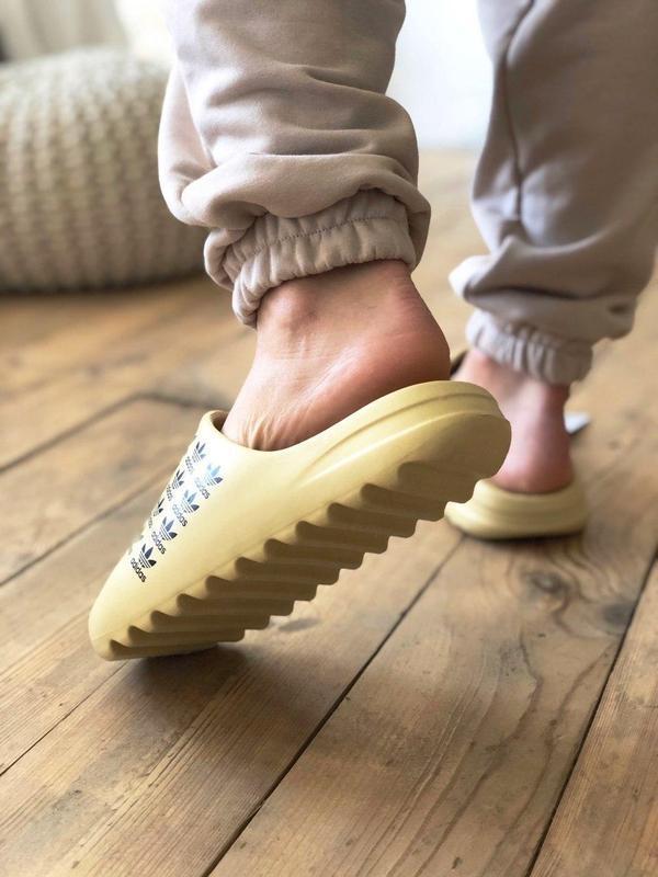 Adidas yeezy slide - Фото 10