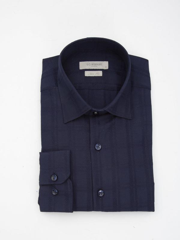 Темно-синяя мужская рубашка lc waikiki / лс вайкики в атласную... - Фото 4