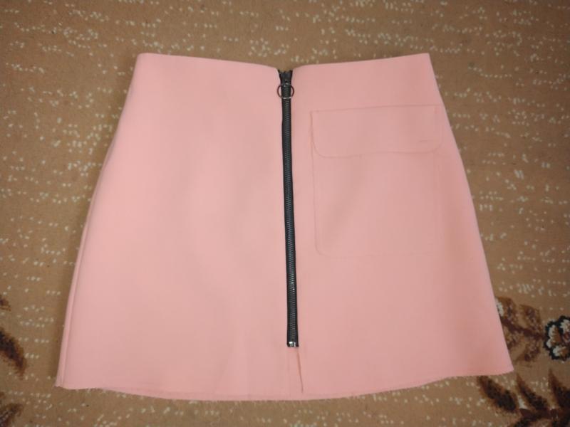 Стильная коротенькая юбка top shop petite с необработанным кра...