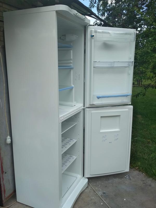 Холодильник indesit c236g.021(2компрессора) - Фото 4