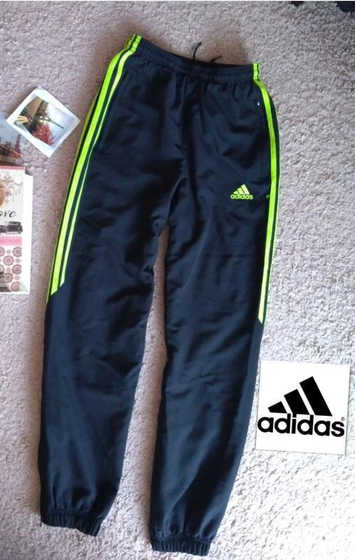 Штаны спортивные adidas оригинал с полосами зауженные 165 xs